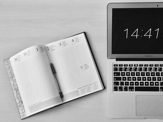 Agenda et ordinateur