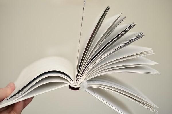 Livre avec des pages blanches