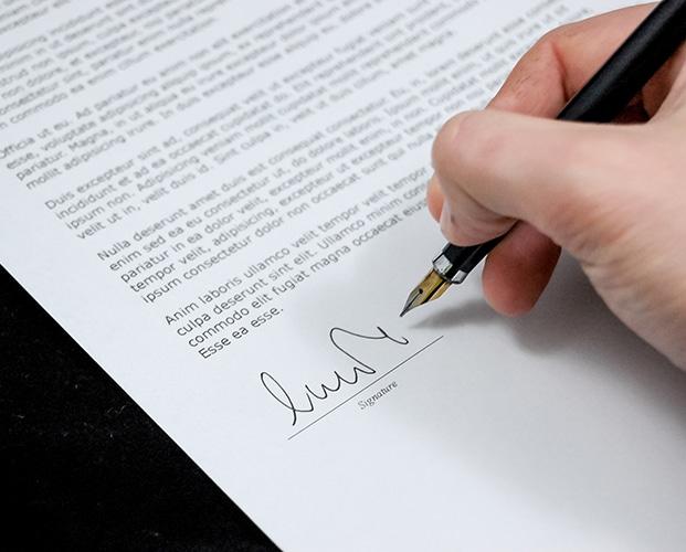 Signature d'une lettre de licenciement